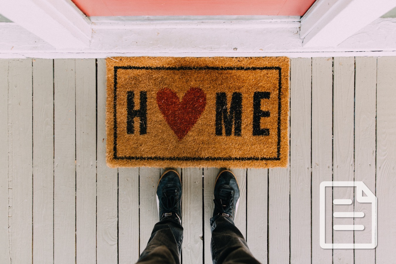 10 Ways to Welcome Your College Student Back Home